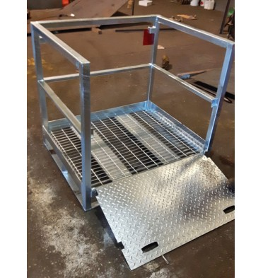 1 OR 16 LIFTING CRADLE 16 X CYLINDERS